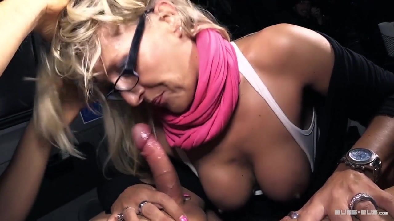 sexy photo in buss