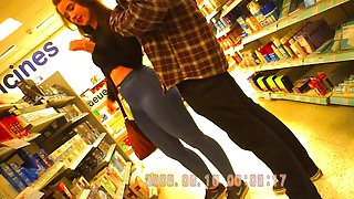 Amazing Big Ass Brunette in Tight Jeans