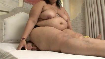 Bbw latina crushes skinny guy porn tube