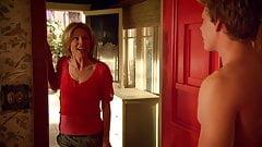 Julie Bowen - ''Weeds'' s4e06