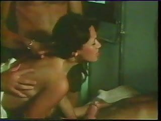 Gaelle, Malou... et Virginie 1977(Group sex scene)