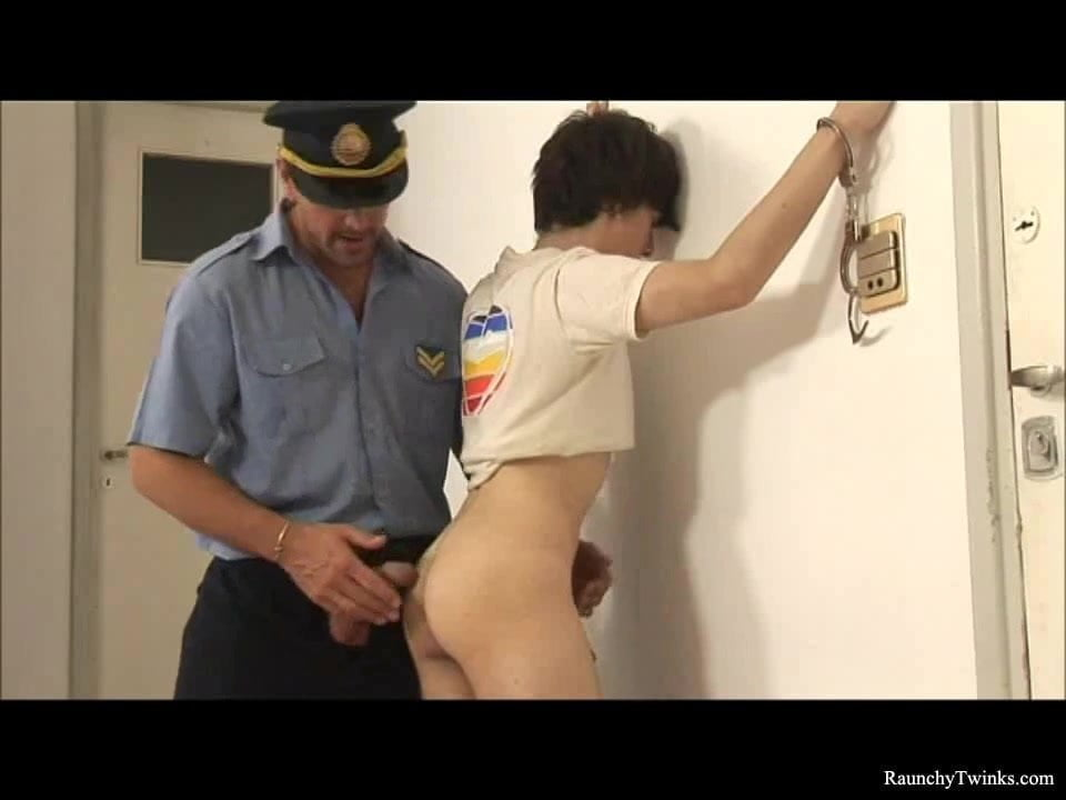 Arrested twinks barebacking