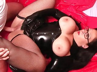Sexy curvy Milf with big tits fucks in latex