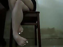 Syntribating Girl (Crossing Legs & Squeezing Thighs) 1