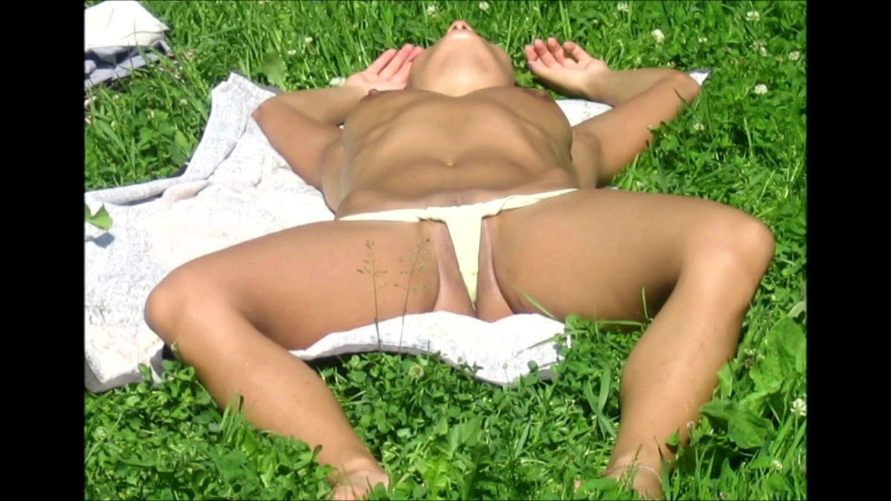 Spycams rus voyeur public park flash girls nv 8