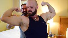 Muscle Worshiping Bears Barebacking