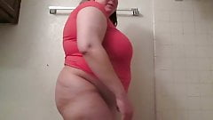 BBW loves to get naked