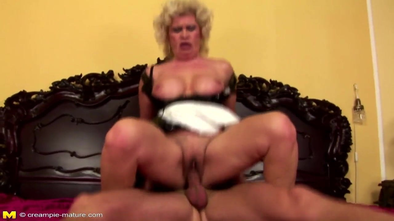 Old mature hairy granny creampie