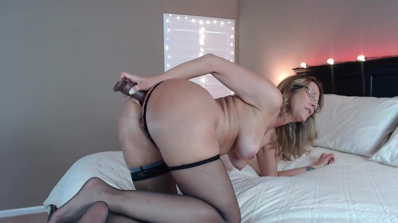 Threesome With Karen Turns Into Crazy Threesome