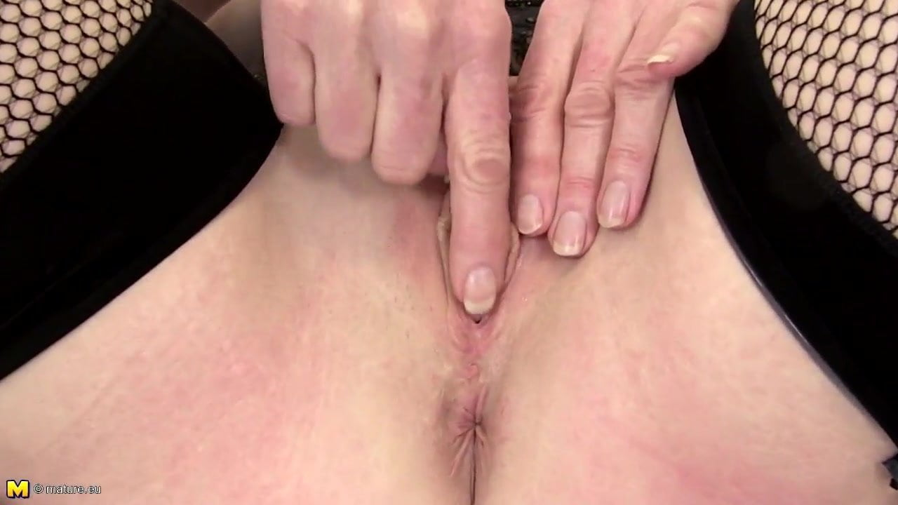 Gepiercte Vagina