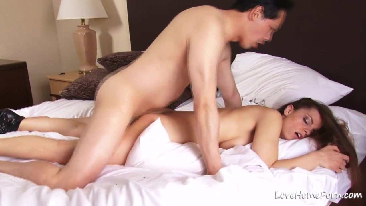 Hottie loves to get fucked after sucking cock
