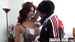 Mofos - Milfs Like It Black - Tiffany Mynx - Door to Door Di