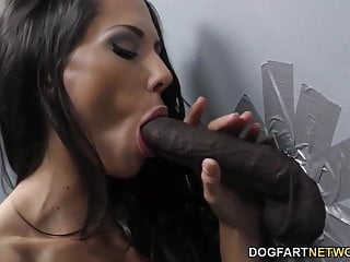 Download video bokep Alexa Tomas suck BBC at Gloryhole Mp4 terbaru