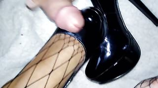 Trampling Queen Perfect toes footjob stockings