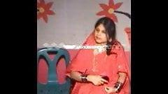 Bangladeshi khanki arefa naked.....