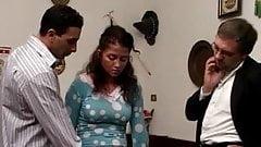 Pere demande a son fils de baiser sa servante