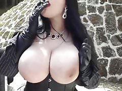 Huge Monster Tits Punk Bitch Blowjob 31