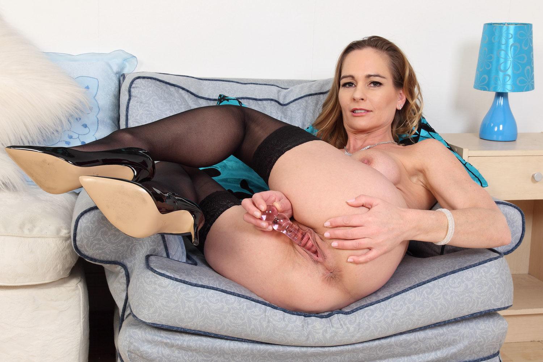 English Milf Elegant Eve Dildos Her Creamy Fanny Porn Ea-6683