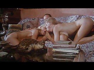 Moana Pozzi Threesome with Rocco - Offerta indecente (1994)