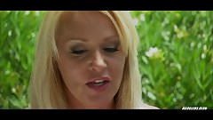 Beverly Lynne in Strip Club Slayer - 2