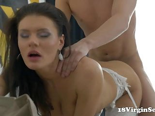 18 Virgin Sex - Harper gets her 18 year old pussy
