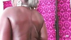 Supawmn with Monster Huge Butt (Part 1)