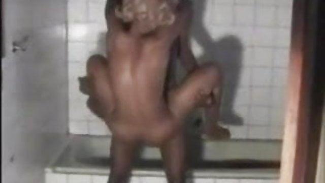 Darmowe nigeryjskie lesbijskie porno