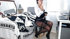 Webcam mature in pantyhose's Thumb