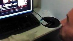 Str8 spy daddy in cyber cafe