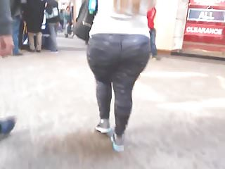 His girlfriend had a big ass