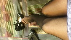 Office Lady Pantyhose Shoeplay