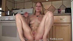 Beauty Heather Masturbating