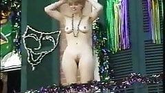 Mardi Gras - Cutie Balcony Showof