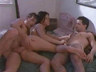 Razz- coppia fa sesso con il migliore amico di lui