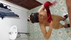 boso sa kabilang banyo