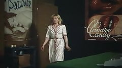 Une hotesse tres speciale (1979)'s Thumb