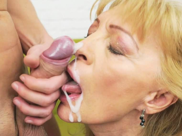 Mature female enema expulsion video
