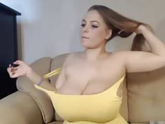 Massive Natural tits camshow