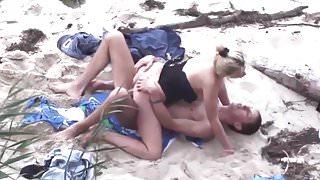 Beach Voyeur.avi