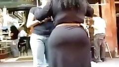 Hot Babe In Yoga Pants Masturbates Outdoors | More at 24cams.net