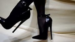 Extremely high heels with red soles's Thumb