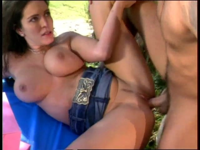 Taylor St Claire outdoor fuck