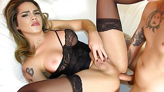 Hot Tgirl Amanda Fialho Has Her Dick Sucked and Gets Reamed