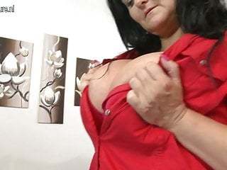 Gorgeous busty mom
