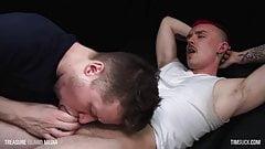 Newcomer's deepthroat service