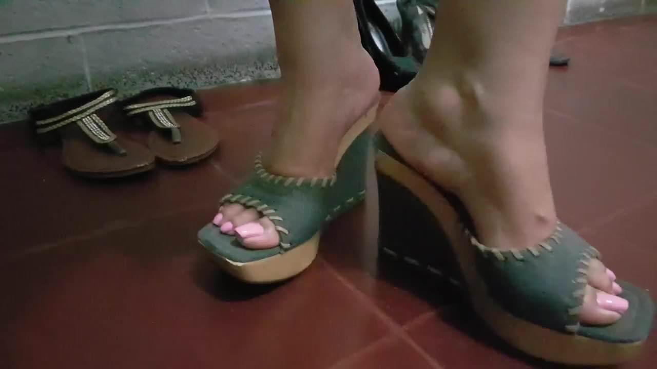 White feet..2