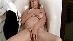 Hairy saggy mature anal by troc