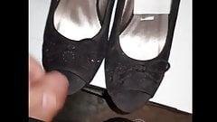 Shoes Fetisch Enjoy cum and piss