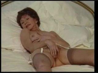 Granny Solo 3: Free Solo Mobile Porn Video 09
