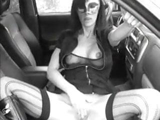 jouissance dans la voiture
